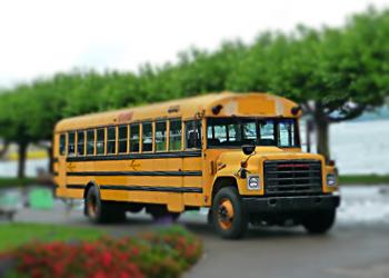 Ein-US-Schulbus-als-Party-bus